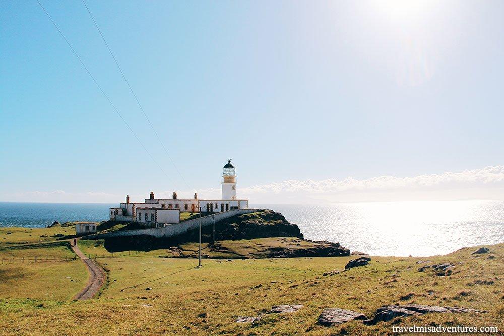 neist point lighthouse faro isola di skye