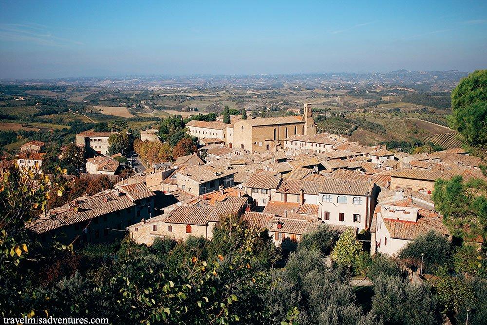 San-Gimignano-dall'alto-borghi-Toscana-3-giorni