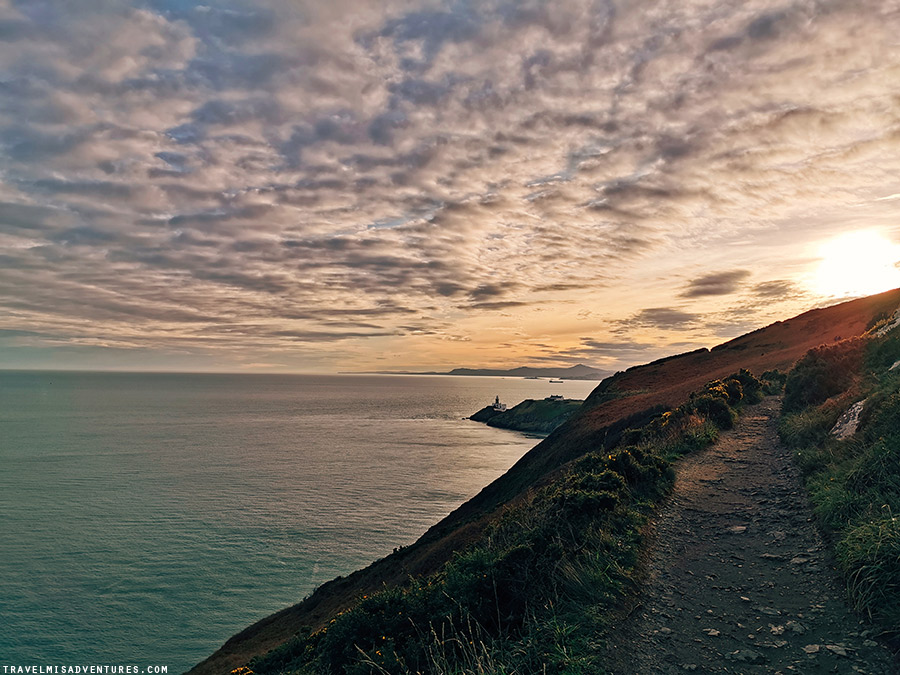 "La camminata ""Cliff Walk"" di Howth fino al faro"